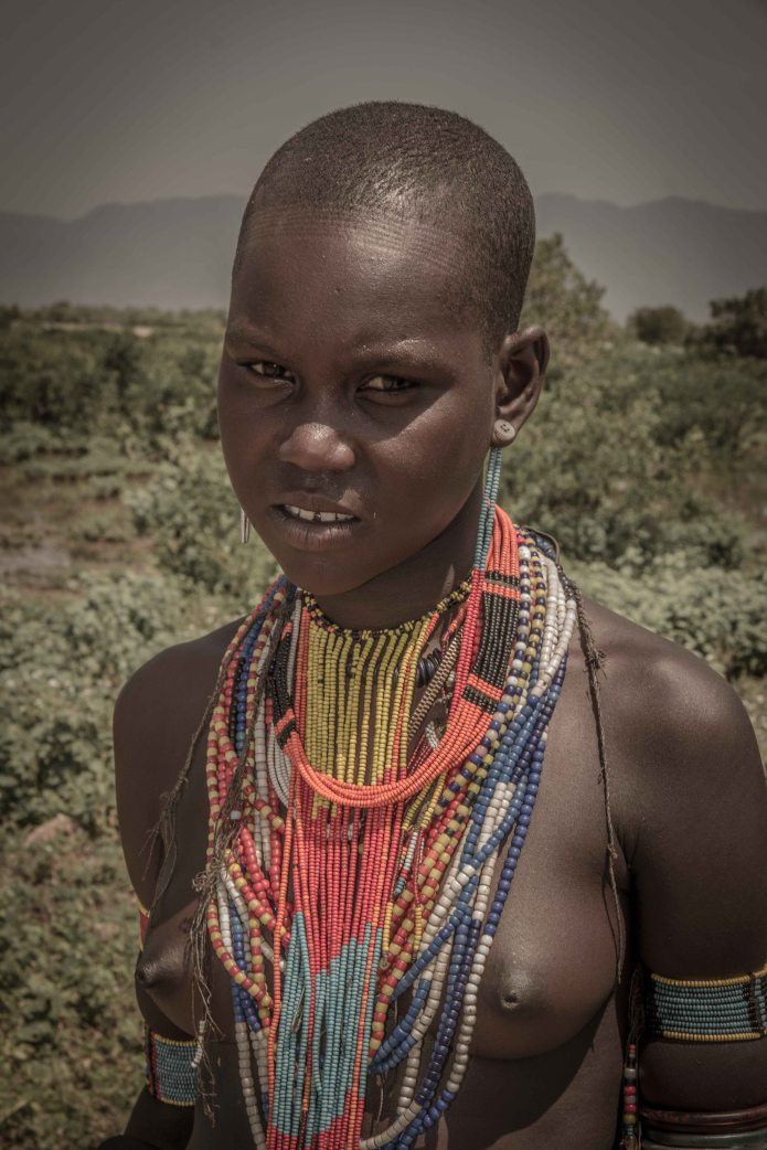 Young Mursi woman